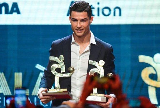 Imaginea articolului Ronaldo, desemnat jucătorul anului în Serie A, în seara în care Messi a câştigat Balonul de Aur 2019