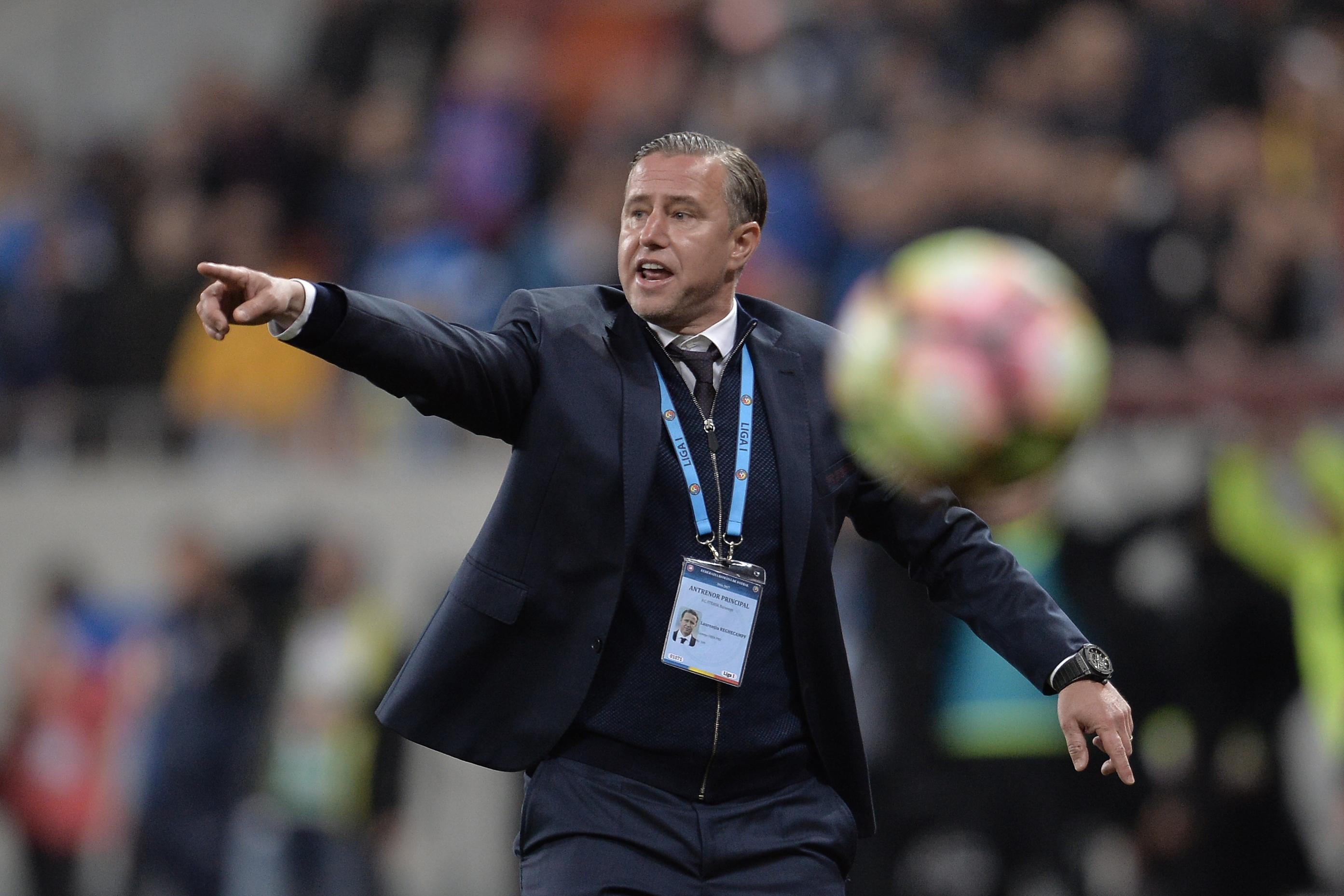 Joia neagră a României în cupele europene la fotbal. Craiova, scoasă de albanezi din Conference(...)