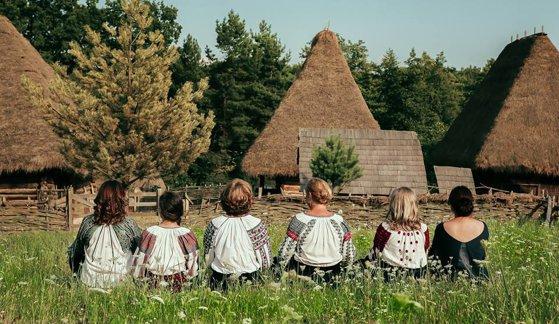 Imaginea articolului Sânzienele şi Ziua Iei se sărbătoresc la Muzeul Satului din Bucureşti