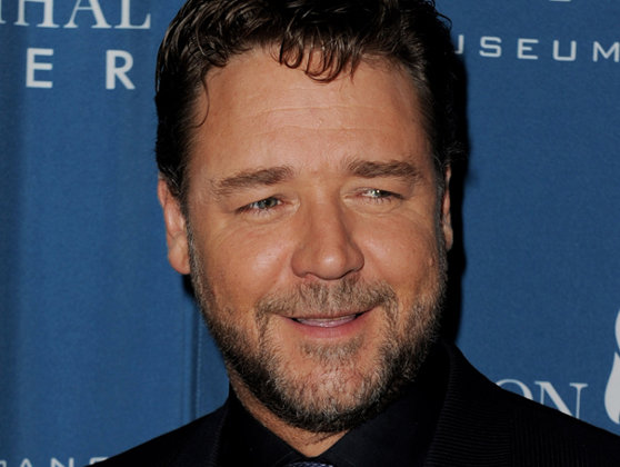 Imaginea articolului Globurile de Aur 2020: Russell Crowe, desemnat cel mai bun actor într-o miniserie TV