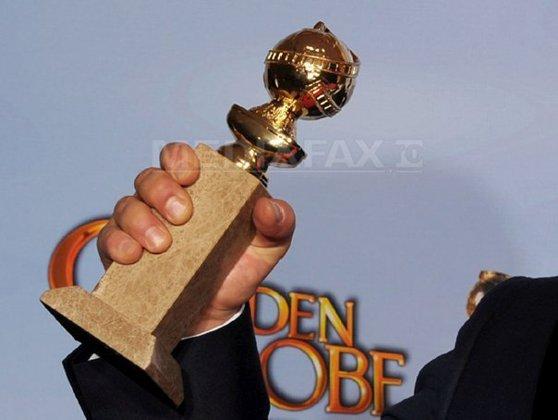 """Imaginea articolului """"Parasite"""", de Bong Joon-Ho, premiat cu Globul de Aur 2020 pentru cel mai bun film străin"""