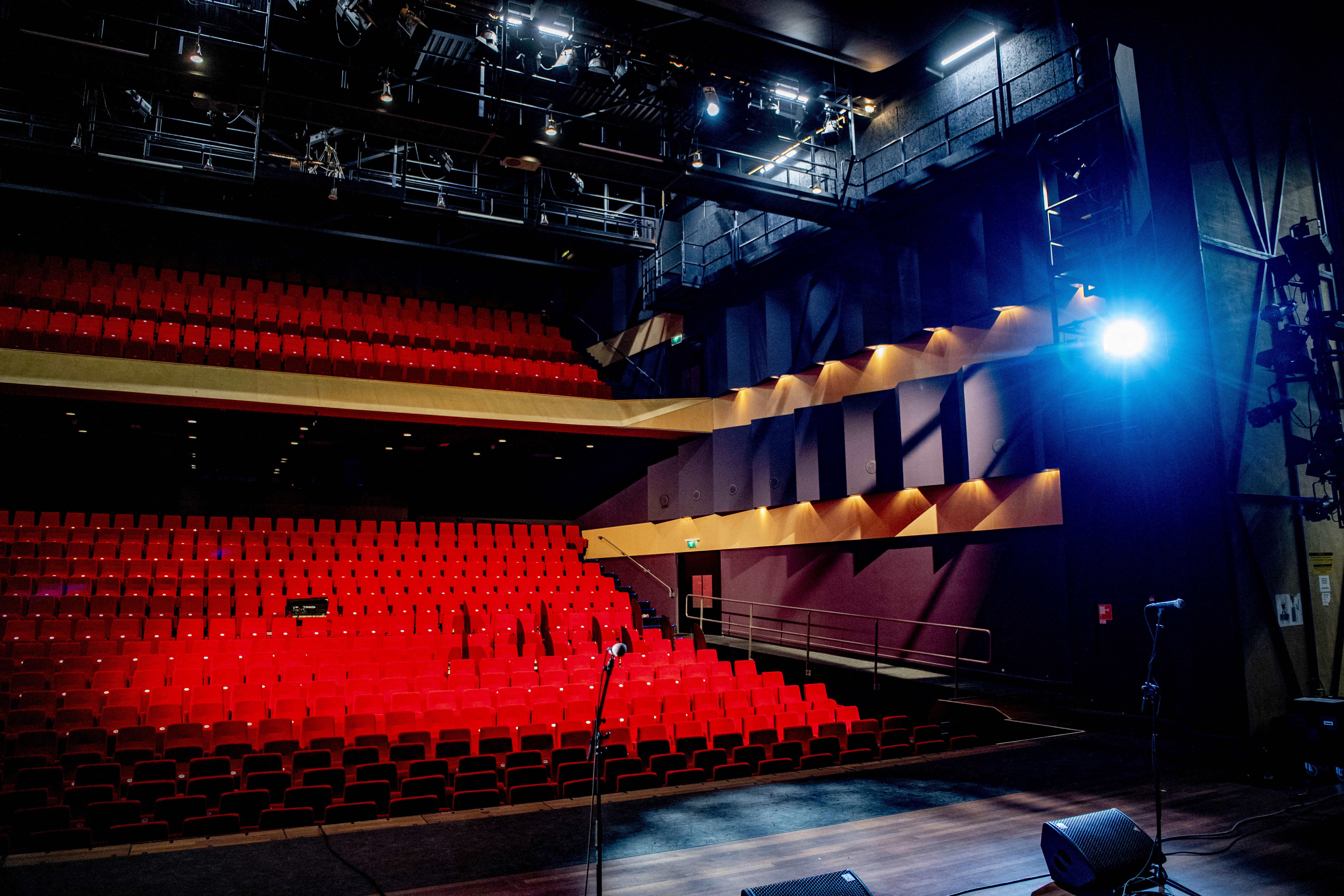 Teatrul Nottara reia de miercuri spectacolele cu public. Ce piese pot vedea iubitorii de cultură