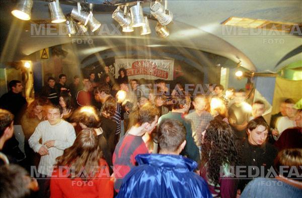 Nemţii schimbă regulile la Berlin: cluburile de muzică vor fi socotite instituţii de cultură. Ce se întâmplă cu(...)