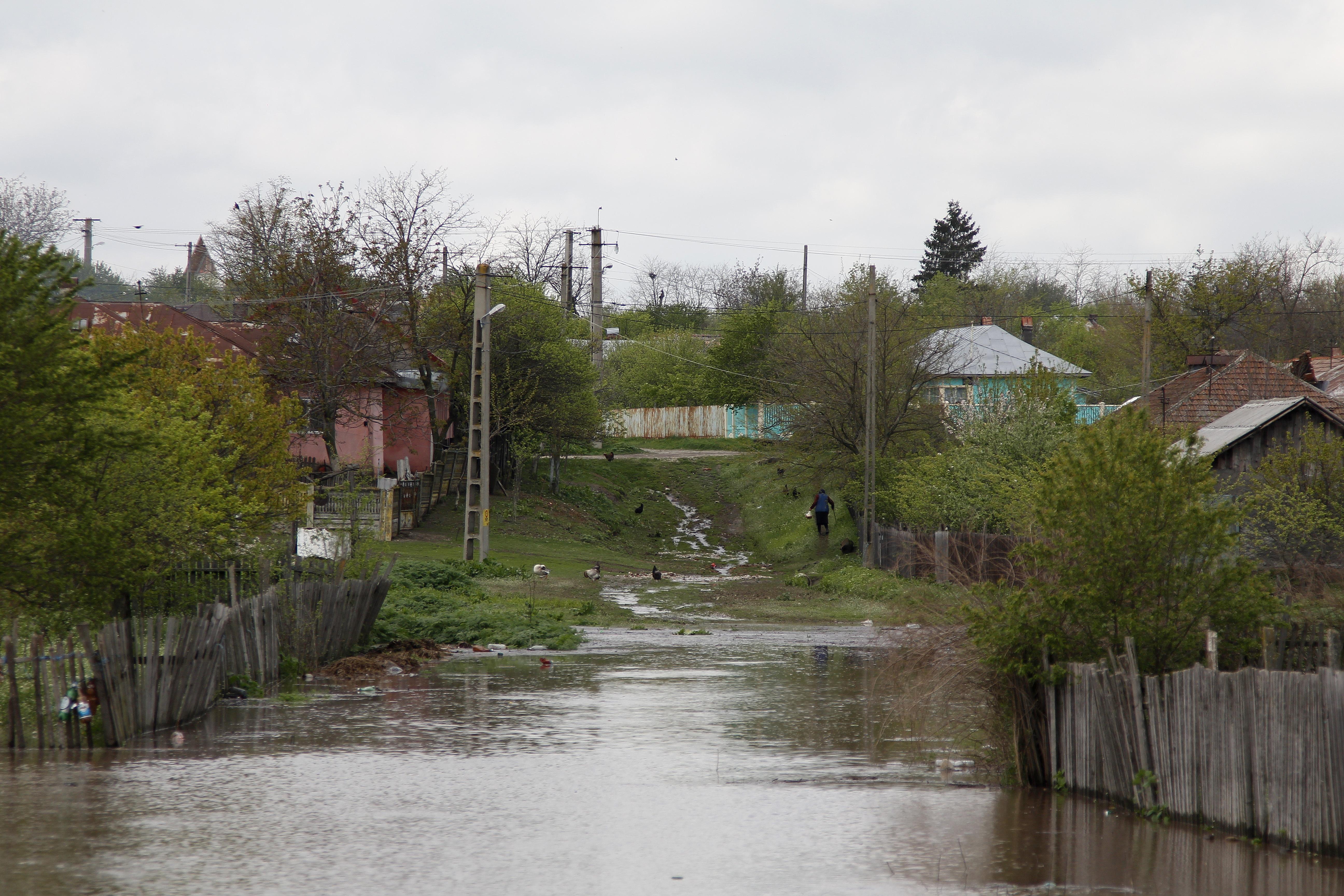 Alertă METEO. Cod galben de inundaţii în judeţul Teleorman
