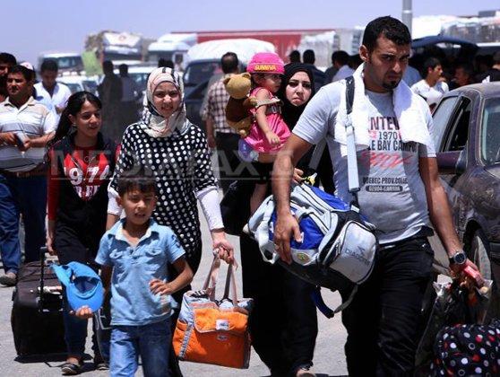 Imaginea articolului Primii membri ai unui convoi de imigranţi care se îndreaptă spre SUA au ajuns în capitala Mexicului