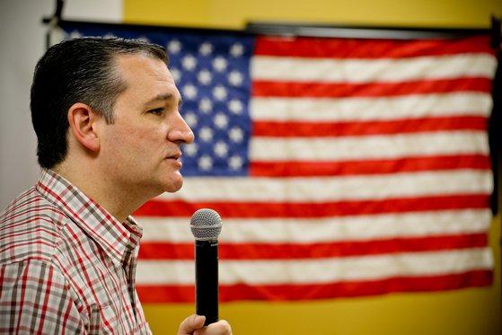 Imaginea articolului Alegeri SUA 2018. Republicanul Ted Cruz a fost reales în funcţia de senator de Texas. Acesta l-a învins cu greu pe cel care ar putea fi un potenţial adversar al lui Trump în 2020