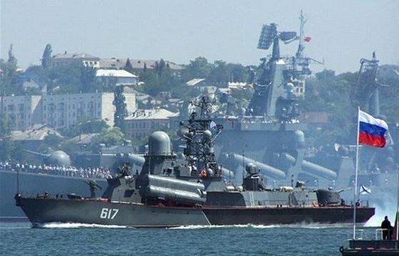 Imaginea articolului Ucraina acuză Rusia că ar fi capturat trei dintre navele sale în Marea Neagră