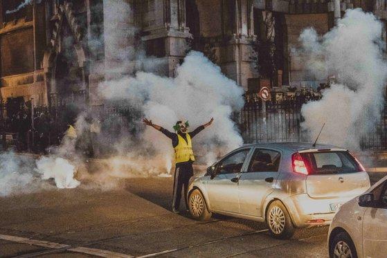 Imaginea articolului Proteste ale Vestelor galbene, reluate în Franţa. Un şofer a murit într-un accident, în urma barajelor făcute de manifestanti