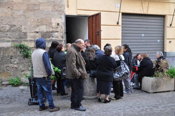 Imaginea articolului Peste 5 milioane de oameni săraci din Italia, inclusiv români, vor primi o alocaţie de 780 de euro. Ce condiţii trebuie să îndeplinească