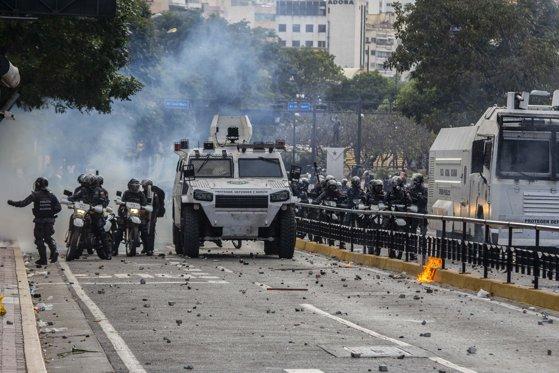 Imaginea articolului SUA anunţă că nu vor recurge la forţă militară pentru livrarea produselor umanitare în Venezuela