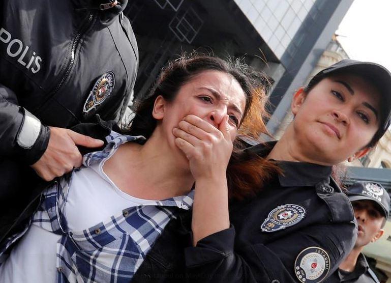 Manifestaţii ilegale la Istanbul cu ocazia Zilei Internaţionale a Muncii: Poliţiştii au reţinut 137 de persoane   VIDEO
