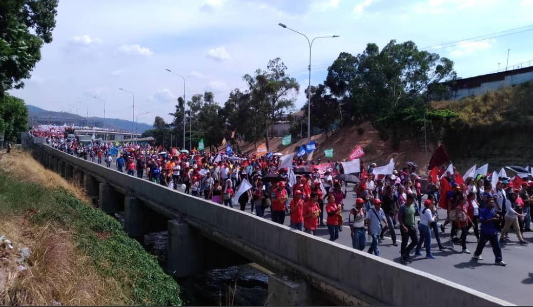 Proteste în capitala Venezuelei, organizate de sute de susţinători ai lui Juan Guaido, dar şi ai lui Nicolas Maduro | VIDEO