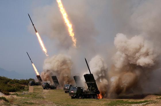 """Imaginea articolului Autorităţile sud-coreene oferă mai multe detalii despre testele balistice ale Phenianului: Coreea de Nord a testat """"noi arme tactice ghidate"""""""