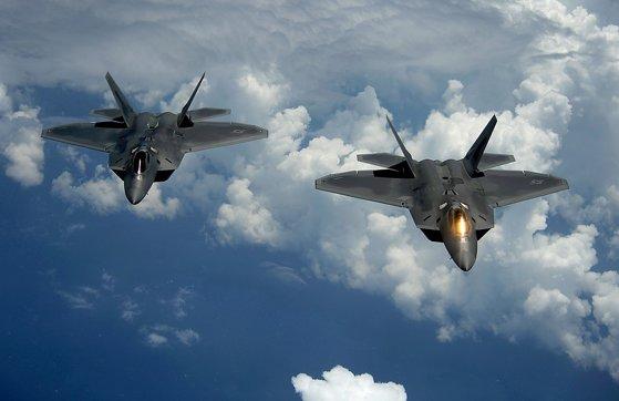 Imaginea articolului Ca ripostă la atacul cu rachete: Aviaţia militară israeliană a atacat poziţii islamiste din Fâşia Gaza