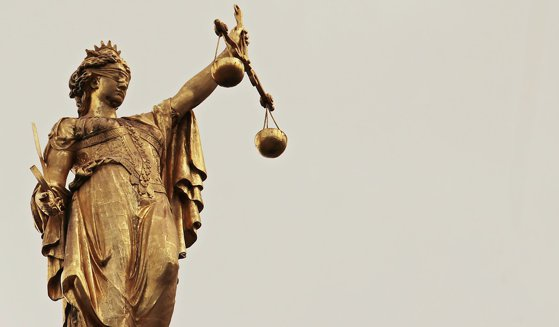 Imaginea articolului Curtea de Justiţie a Uniunii Europene: Legea privind Curtea Supremă din Polonia încalcă legislaţia europeană