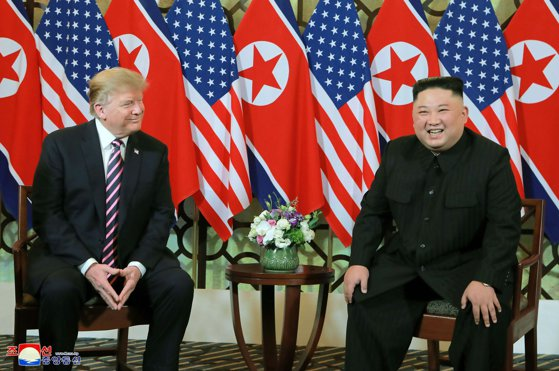 Imaginea articolului Moon Jae-in: SUA şi Coreea de Nord discută despre un posibil nou summit