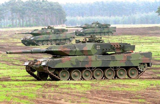 Imaginea articolului AEA va iniţia consultări între patru ţări, inclusiv România, privind achiziţia de tancuri Leopard 2