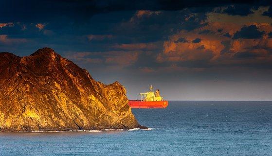 Imaginea articolului Iranul anunţă capturarea unui petrolier britanic în Strâmtoarea Hormuz
