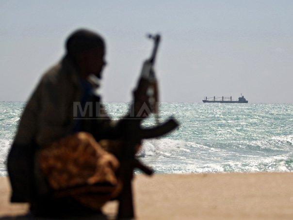 Navă comercială sud-coreeană, atacată de piraţi în apropierea Strâmtorii Singapore