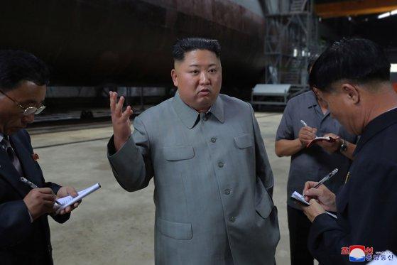"""Imaginea articolului Kim Jong-Un, despre incidentul din Marea Japoniei: Testul balistic al Coreei de Nord a fost un avertisment pentru """"agresorii"""" sud-coreeni"""