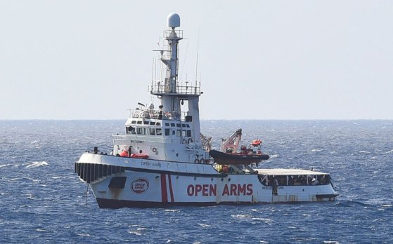 Imaginea articolului Spania propune navei Open Arms să debarce imigranţii în cel mai apropiat port spaniol