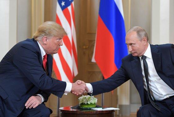 """Imaginea articolului Donald Trump reiterează că ar fi """"potrivit"""" să se revină la formatul G8, prin reprimirea Rusiei"""