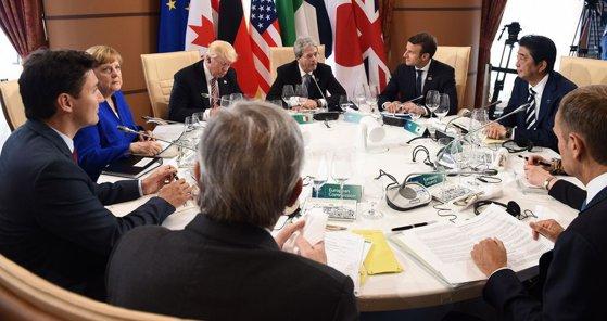 Imaginea articolului Analiză | Crizele comerciale şi militare, pe agenda reuniunii G7/ Donald Trump vrea readmiterea Rusiei, însă ţările europene se opun