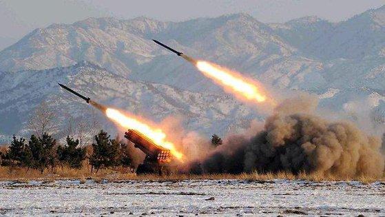 Imaginea articolului Coaliţia saudită a interceptat şi distrus şase proiectile lansate de rebelii huthi din Yemen