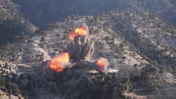 Imaginea articolului Raidul aerian israelian din Liban a vizat tehnologii balistice/ Hezbollah vrea să riposteze