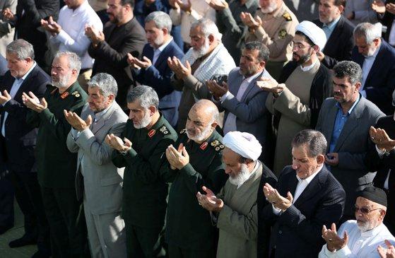 Imaginea articolului Iranul avertizează SUA că va distruge orice agresor, chiar dacă ameninţarea este una limitată