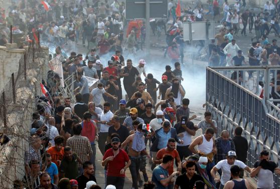 Imaginea articolului Bilanţul protestelor violente din Irak a ajuns la 88 de morţi