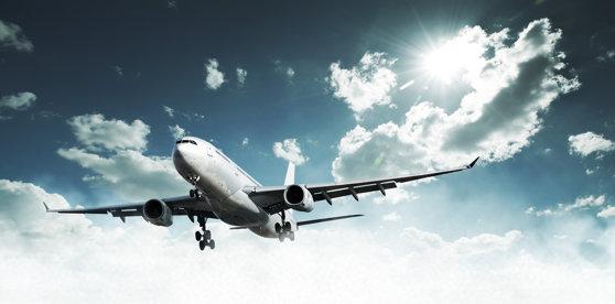 Imaginea articolului Un avion de pasageri a trebuit să aterizeze de urgenţă în Elveţia din cauza fumului de la bordul aeronavei
