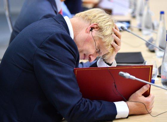 """Imaginea articolului Juncker avertizează că producerea unui Brexit fără acord va duce la """"declinul"""" Marii Britanii"""