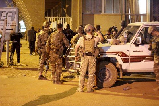 Imaginea articolului Cel puţin 15 persoane au murit în urma unui atac armat într-o moschee din Burkina Faso