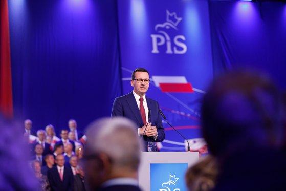 Rezultate parţiale: Partidul Dreptate şi Justiţie, situat pe primul loc în scrutinul parlamentar din Polonia