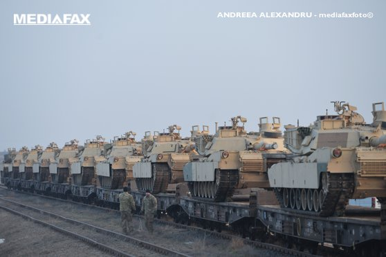 Imaginea articolului MONITORUL APĂRĂRII | Pentagonul trimite sute de militari şi zeci de blindate în Lituania, pentru descurajarea Rusiei