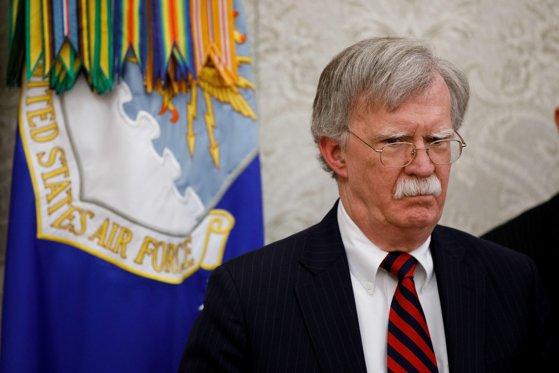 Imaginea articolului John Bolton, fost consilier prezidenţial pentru Securitate Naţională, citat la audieri în cadrul anchetei care ar putea conduce la demiterea lui Donald Trump