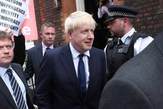 """Imaginea articolului 31 octombrie, data la care Marea Britanie trebuia să părăsească UE. Boris Johnson s-a declarat """"incredibil de frustrat"""""""
