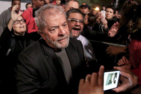 Imaginea articolului O instanţă judiciară din Brazilia a decis eliberarea fostului preşedinte Luiz Inacio Lula da Silva