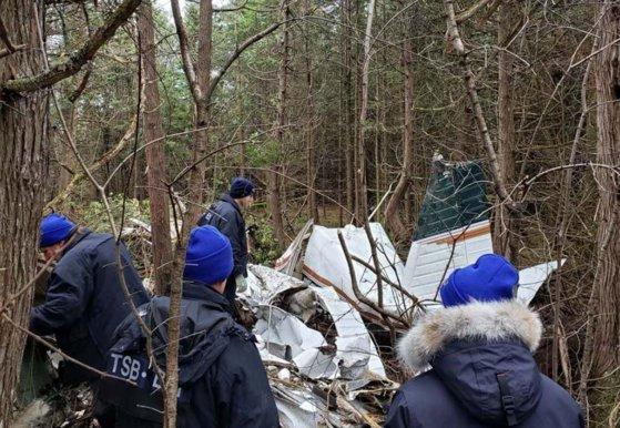 Imaginea articolului Un avion de mici dimensiuni s-a prăbuşit în Canada. Cel puţin şapte persoane au murit. FOTO