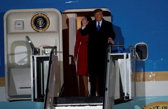 Imaginea articolului Donald Trump a ajuns la Londra, unde va participa la summitul NATO. Programul liderului SUA cu ocazia reuniunii Alianţei Nord-Atlantice. FOTO, VIDEO