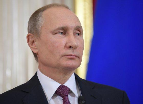 Imaginea articolului Vladimir Putin a discutat marţi la telefon cu Ursula von der Leyen, noul preşedinte al Comisiei Europene. Ce teme au fost abordate