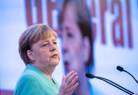 Imaginea articolului Angela Merkel susţine că întoarcerea voluntară a refugiaţilor în Siria trebuie supravegheată de ONU