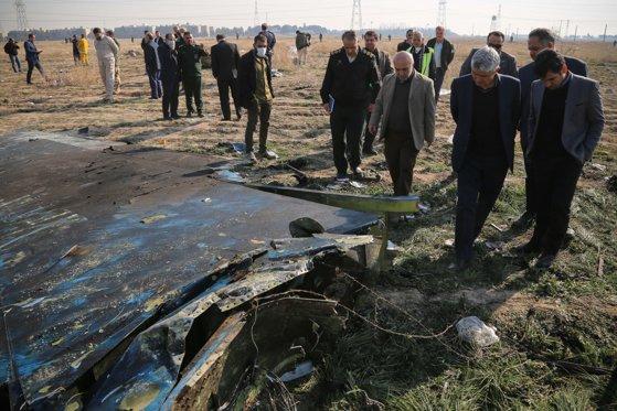 """Imaginea articolului Expert american în aviaţie: Prăbuşirea avionului Boeing în Iran sugerează un incident """"catastrofal"""" / Ce spune vicepreşedintele companiei Ukrainian International Airlines"""