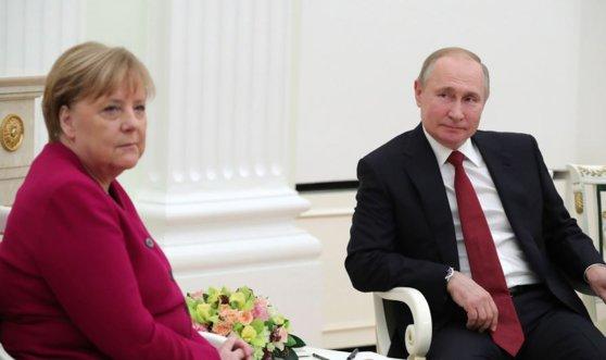 Imaginea articolului Vladimir Putin şi Angela Merkel s-au întâlnit la Moscova. Ce au discutat cei doi lideri - VIDEO