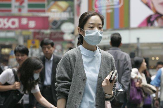 Imaginea articolului Cercetătorii chinezi au aflat cum se transmite virusul misterios. Au fost depistate 139 de noi cazuri în ultimele două zile