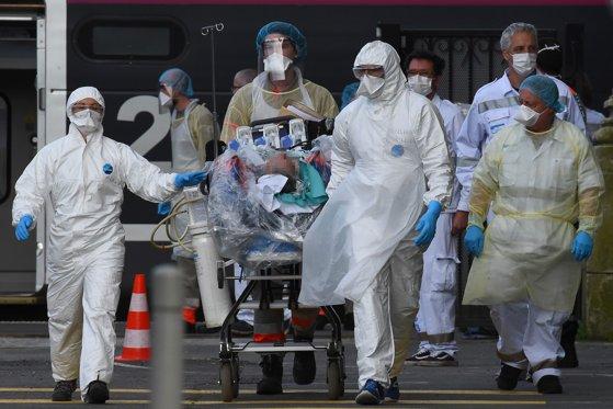 Imaginea articolului Coronavirus în lume LIVE UPDATE 5 aprilie: Cel mai mare număr de decese raportate în SUA într-o singură zi / 1,1 milioane de oameni infectaţi, la nivel global