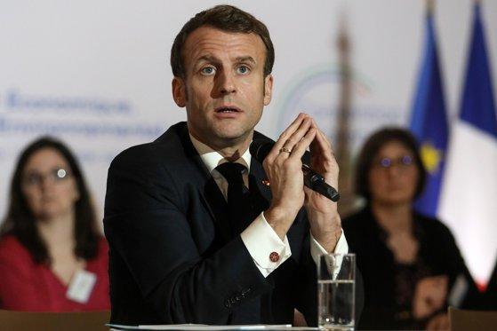 Surse: Administraţia Emmanuel Macron va prelungi restricţiile antiepidemice în Franţa