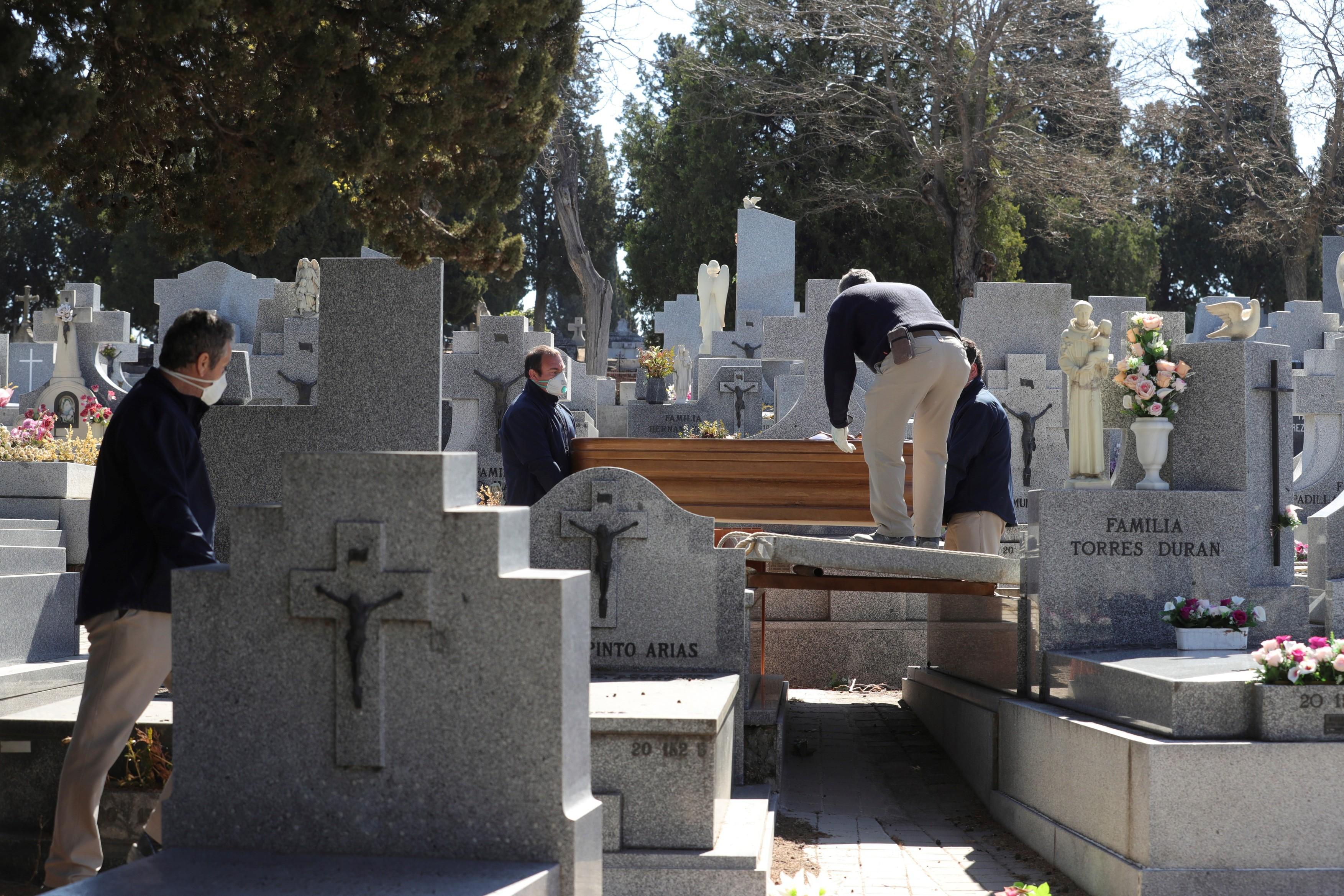 În perioada martie-mai, Spania a avut cu 43.000 de decese mai mult decât într-un an obişnuit