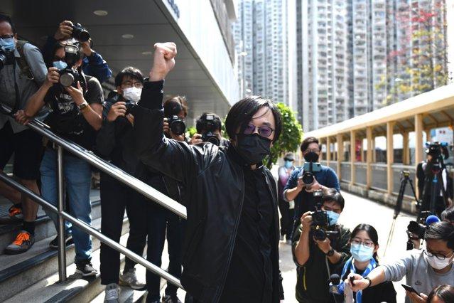 Zeci de activişti prodemocraţie, inculpaţi în Hong Kong pentru acţiuni de subversiune|EpicNews